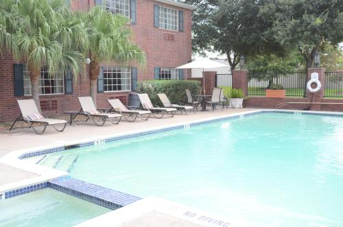 Best Western Plus Westchase Mini-Suites photo 19