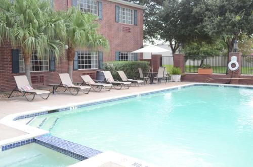 Best Western Plus Westchase Mini-Suites photo 22
