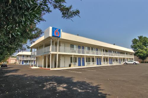 Photo of Motel 6 Woodland - Sacramento Area