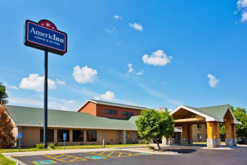 AmericInn Lincoln North Photo