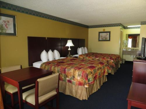Days Inn Chipley - Chipley, FL 32428
