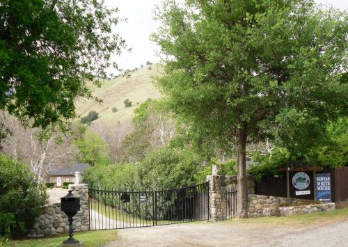 Kaweah River Horse And Guest Ranch - Cottage