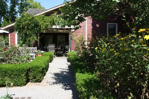 Schoolmaster's House Bed & Breakfast Photo