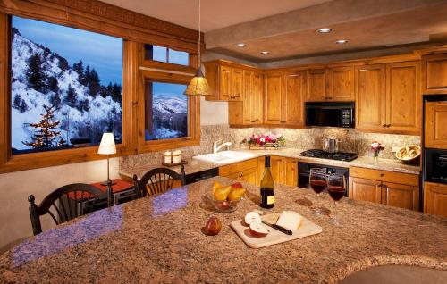 Arrowhead Village - Vail, CO 81632