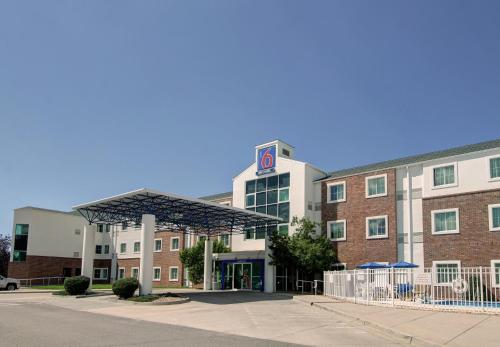 Motel 6 Denver East - Aurora Photo