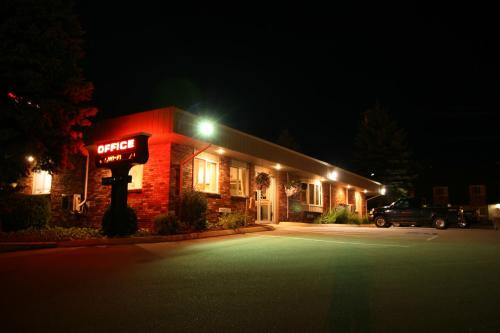 Photo of Bangor Inn & Suites
