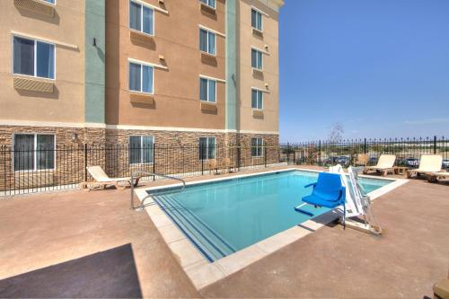 Comfort Inn & Suites Fort Worth Photo