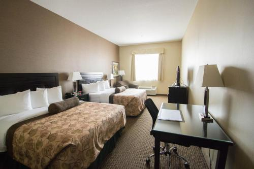 Best Western Plus Estevan Inn & Suites Photo