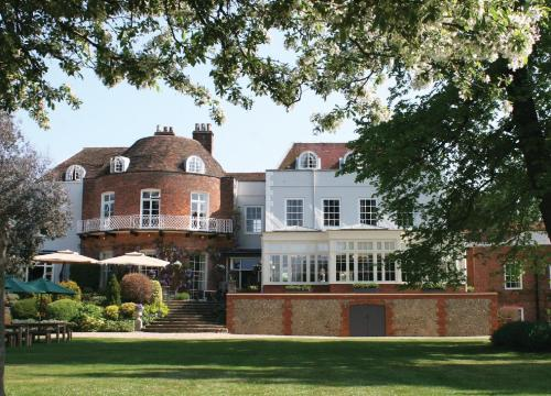 St Michael's Manor Hotel - St Albans, green hotel in Saint Albans, United Kingdom