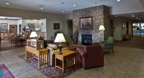 Coshocton Village Inn & Suites Photo
