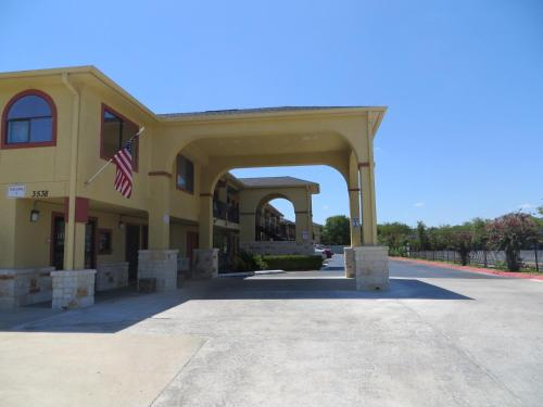 Mustang Inn and Suites Photo