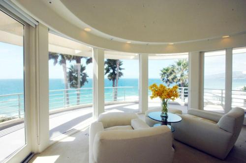 Malibu Spectacular Ocean View Mansion Photo