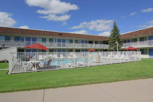 Motel 6 Rapid City Photo