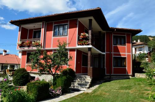 GUEST HOUSE LINA