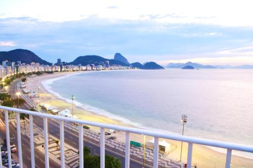 Copacabana Beachfront Penthouse Photo