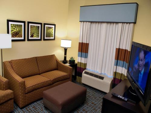 Homewood Suites Fort Myers Airport - FGCU Photo