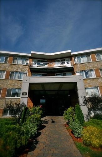 Beausejour Hotel Apartments/Hotel Dorval Photo