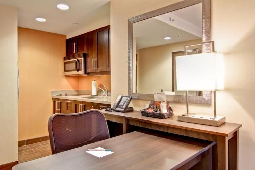 Homewood Suites by Hilton Waterloo/St. Jacobs Photo