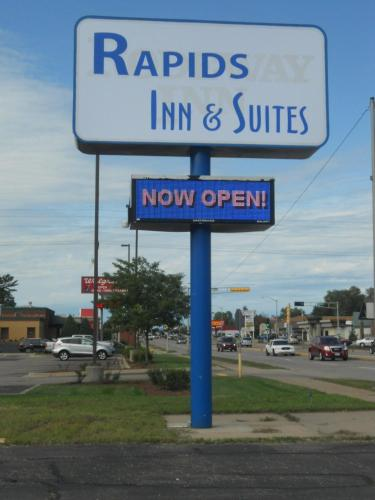 Rapids Inn & Suites Photo