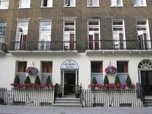 Lesbian hotels and bed breakfast london