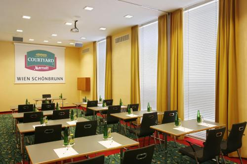 Courtyard by Marriott Vienna Schoenbrunn photo 14