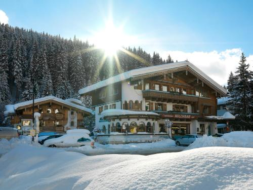 Milchbar & Gerlosperle, Au, Austria Overview  Pricelinem. Apartments Pri Nas. Hotel Gat Point Charlie. Hotel Hermitage And Park Terme. Anchorage Motel