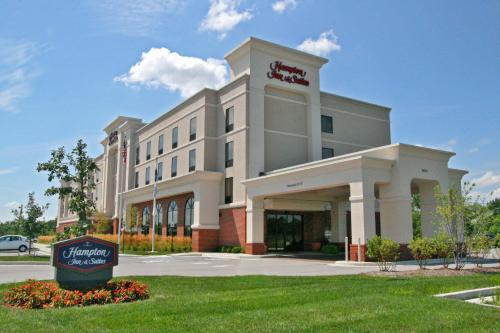 Hampton Inn & Suites Indianapolis-Airport Photo