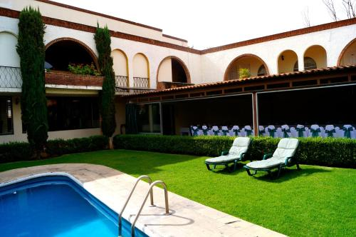 Hotel & Suites Villa del Sol Photo