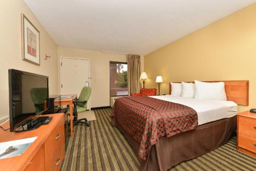 Quality Inn At The Mall - Valdosta - Valdosta, GA 31601