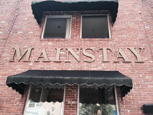 Mainstay Inn Photo
