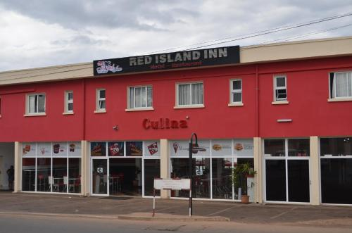 Red Island Inn, Ivato