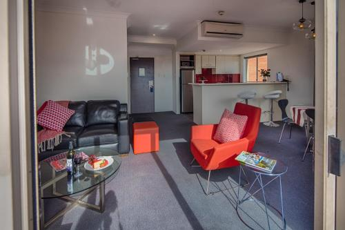 Adara Apartments Camperdown Sydney photo 11
