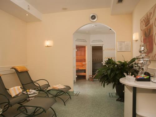 Best Western Premier Kaiserhof Wien photo 42