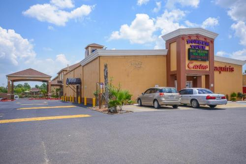 Best Western Casino Inn near Orange Photo