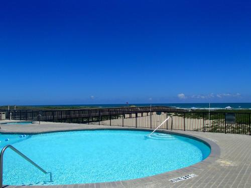 Ocean Vista Condominiums - by Island Services Photo