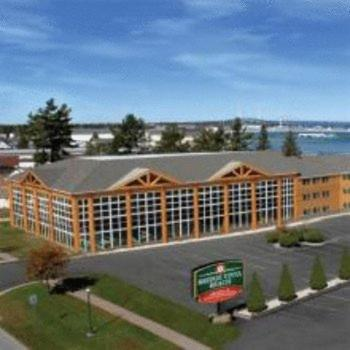 Photo of Bridge Vista Beach Hotel and Convention Center Hotel Bed and Breakfast Accommodation in Mackinaw City Michigan