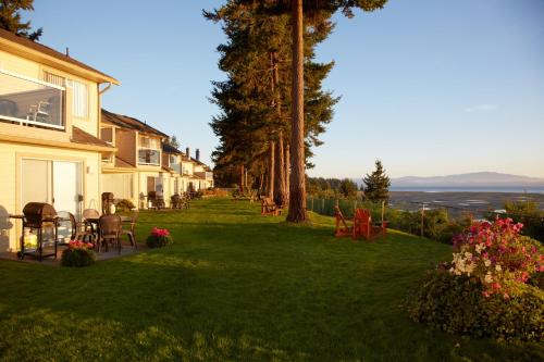 Madrona Beach Resort Photo