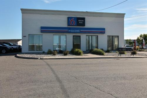 Motel 6 Fargo - North Photo