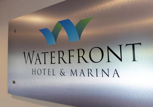 Waterfront Hotel and Marina Photo
