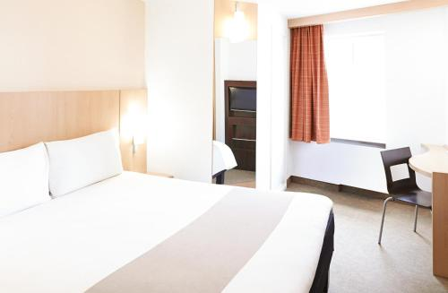 ibis Birmingham Centre New Street Station Hotel photo 14
