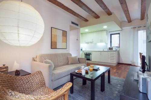 Inside Barcelona Apartments Esparteria photo 31
