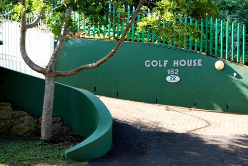 Golf House Photo
