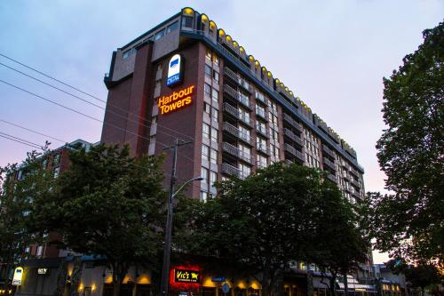 Harbour Towers Hotel & Suites