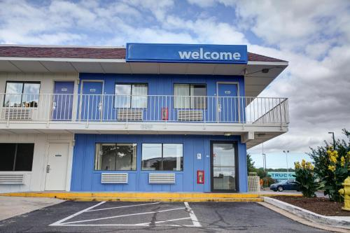 Motel 6 Elkton Photo