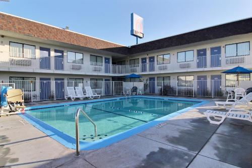 Motel 6 San Angelo Photo
