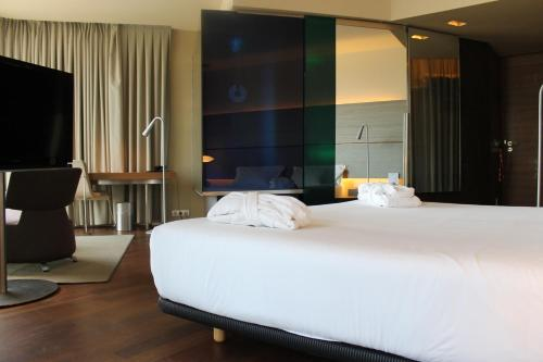 B Hotel Barcelona, Barcelona, Spain, picture 9