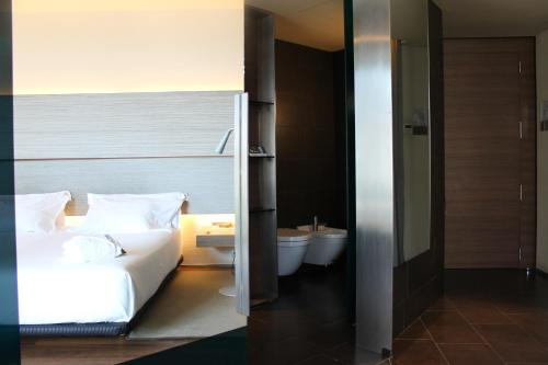 B Hotel Barcelona, Barcelona, Spain, picture 11