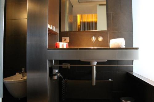 B Hotel Barcelona, Barcelona, Spain, picture 31