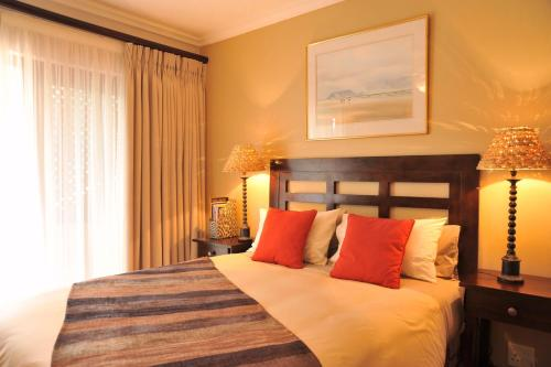 Claires of Sandton Luxury Guest House Photo