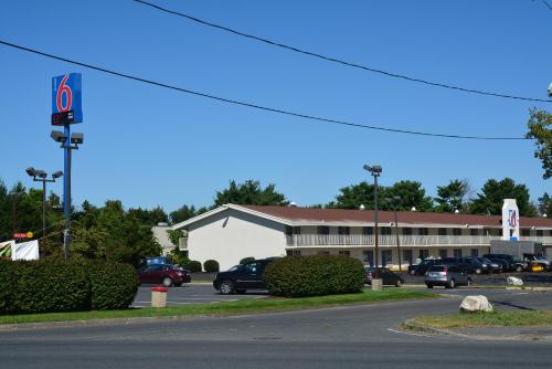 Motel 6 Springfield - Chicopee Photo